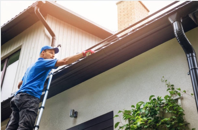 gutter cleaning brookfield